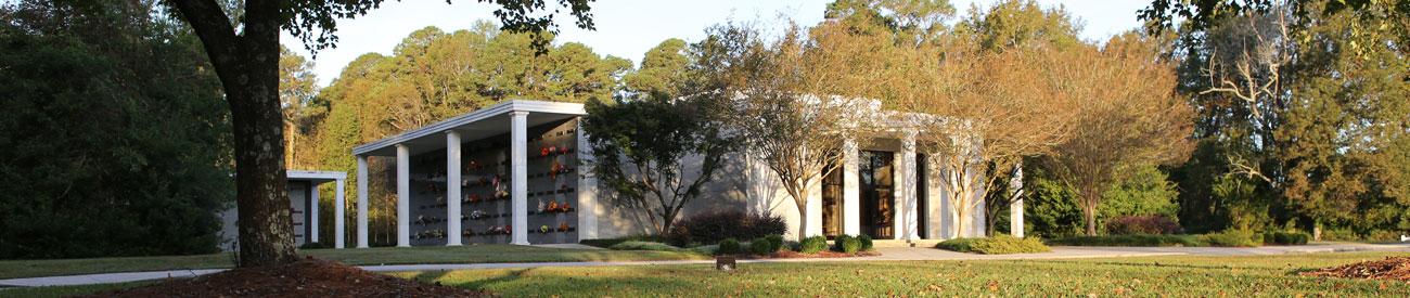 mausoleum at Pinewood Memorial Park